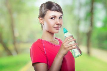 Prečo by ste nemali zanedbávať pitný režim?
