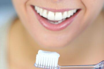 Môže zubná pasta alebo ústna voda neutralizovať koronavírus? Laboratórne testy spoločnosti Colgate ukazujú, že áno.